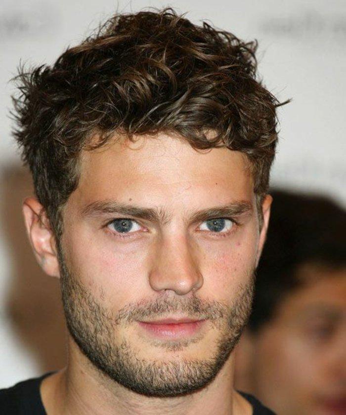 Mann blaue augen braune haare   Blaue Augen und brünett