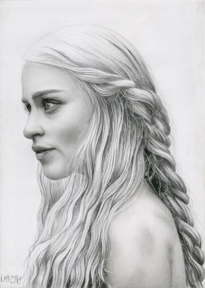 mensch zeichnen, frau mit langen haaren, flechtfrisur, seitlicher zopf, portrait