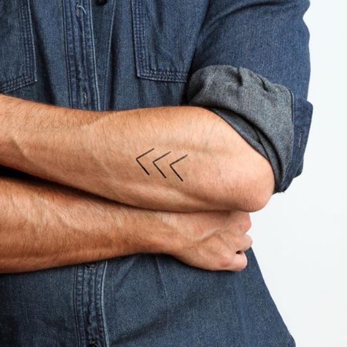 tattoovorlagen pfeilen, so einfach, dass man sie auch selber machen kann, unterarm tattoovorlage ohne hemd