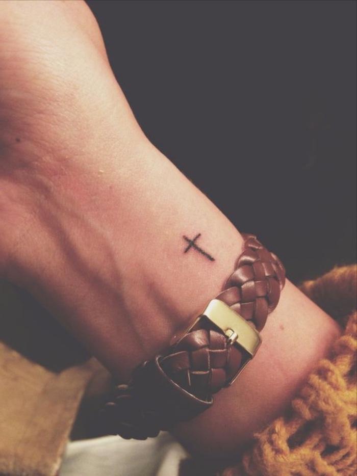 Männer hand tattoo vorlagen Maori Tattoo