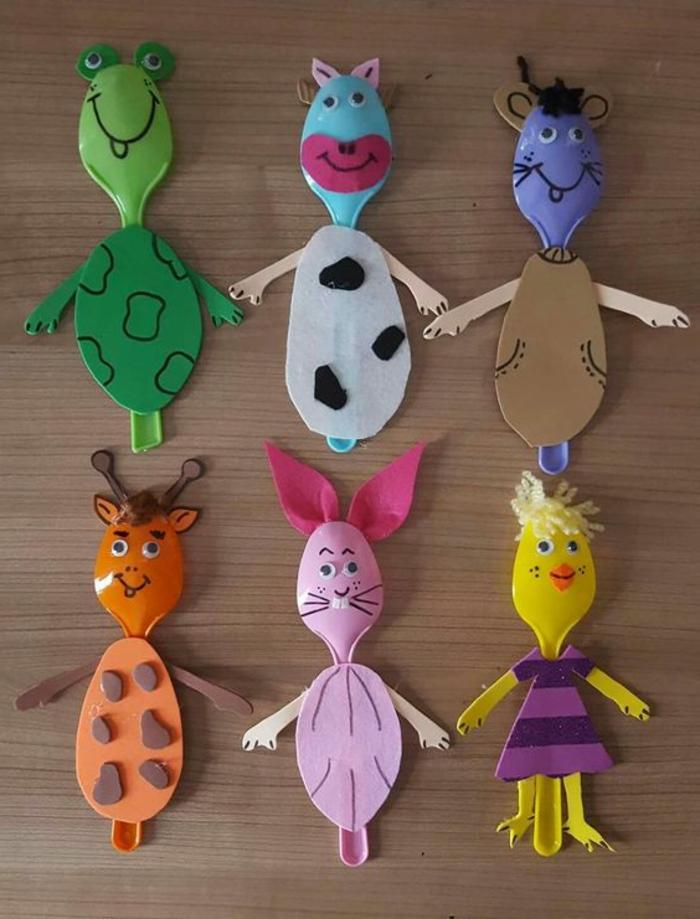 Basteln für Kinder, kleine Figuren aus Stoff selber nähen und gestalten, Schildkröte, Kuh, Maus, Giraffe, Schweinchen, Huhn