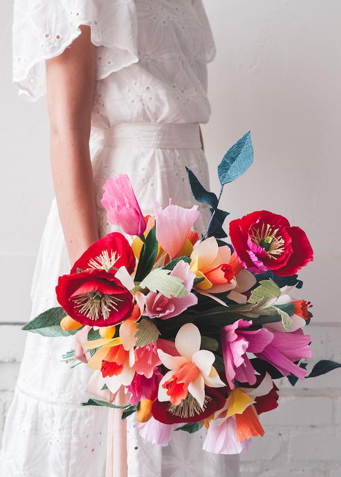 Bunter Hochzeitsstrauß aus Papierblumen, Frühlingsblumen aus Papier für Hochzeit