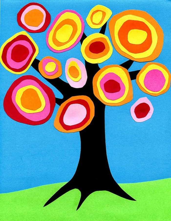 Kinder basteln, Baum Deko Idee, Bunte Baumblumen, blaue Himmel, grüne Vorlage Gras