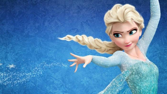die Eiskönigin schafft eine Magie aus Eis, blaues Kleid, kleine Schneeflocken, blondes Mädchen