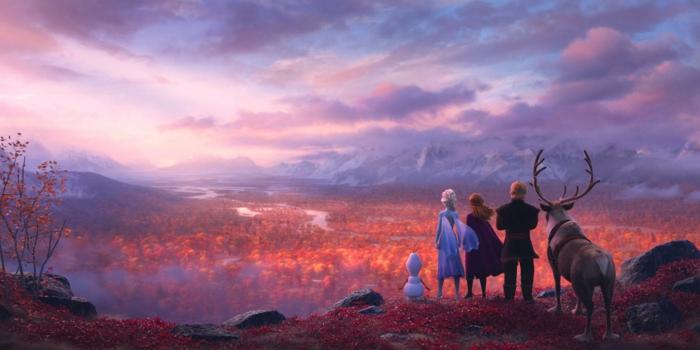 Wolken und ein Land, Schneemann Olaf, die Eiskönigin, Prinzess Anna, Kristoff und der Rentier