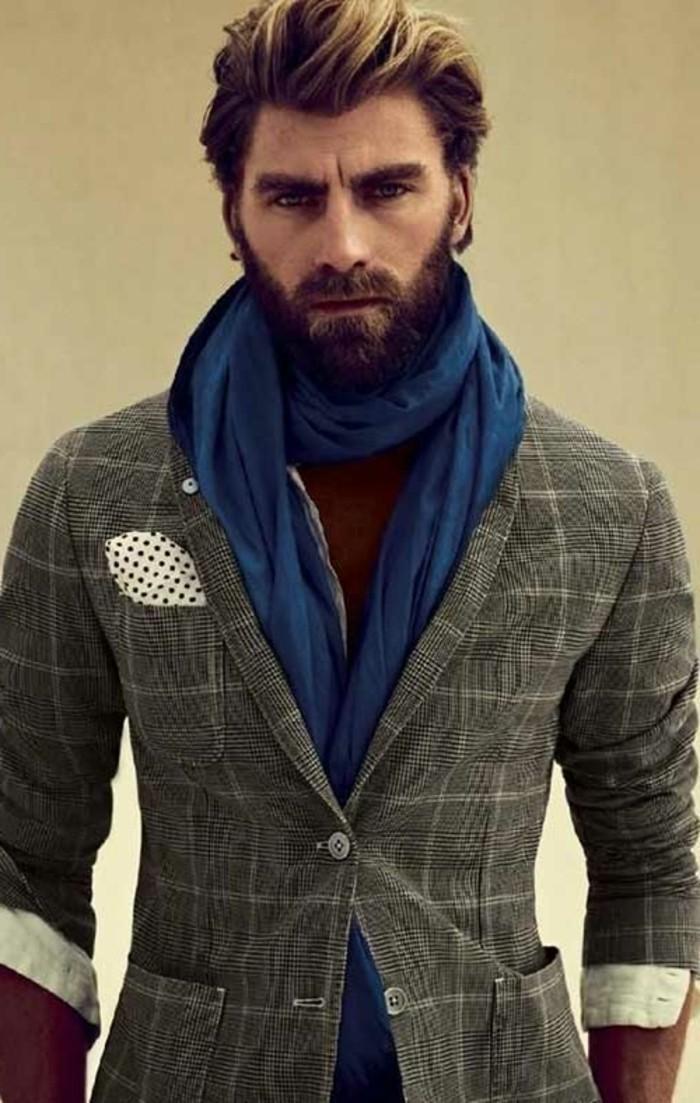 ideen für coolen haarschnitt, inspiration für männer, sakko, schal, pullover, blonde strähne an den spitzen vom haar