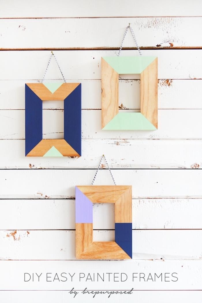 Holzrahmen mit Acrylfarben bestreichen, DIY Idee für ausgefallene Wanddekoration