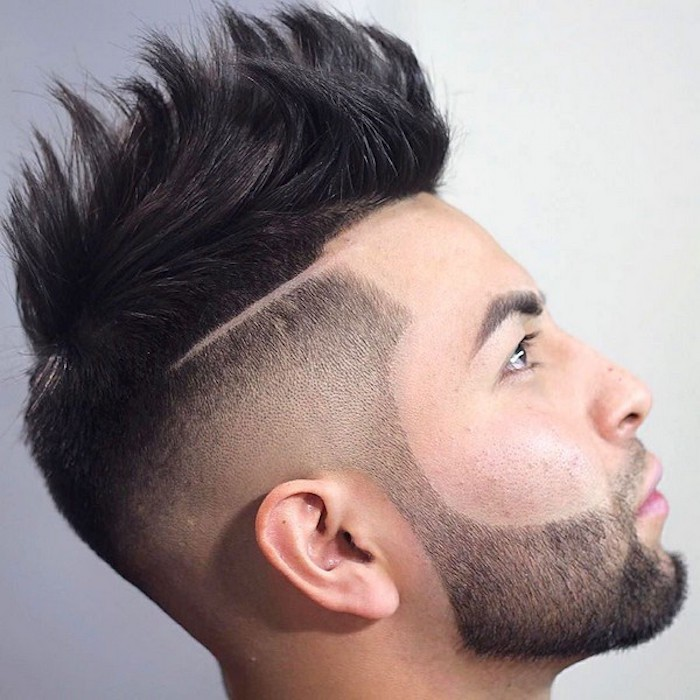 Stufenhaarschnitt Idee, Langes Haar, Schnittfrisur Idee, langes Haar vorne Pony Style Bart