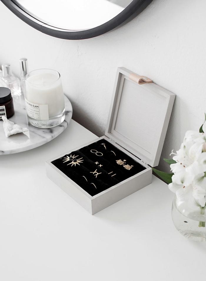 schmuckbox basteln, muttertagsgeschenke diy, goldene ohrringe, selbstgemachtes geschenk