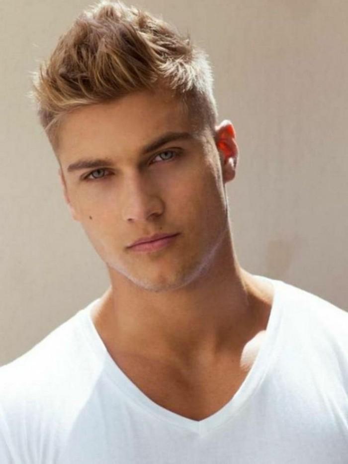 undercut männer stil ideen blonde haare für mann, natürliche haarfarbe oder künstlich gestylt