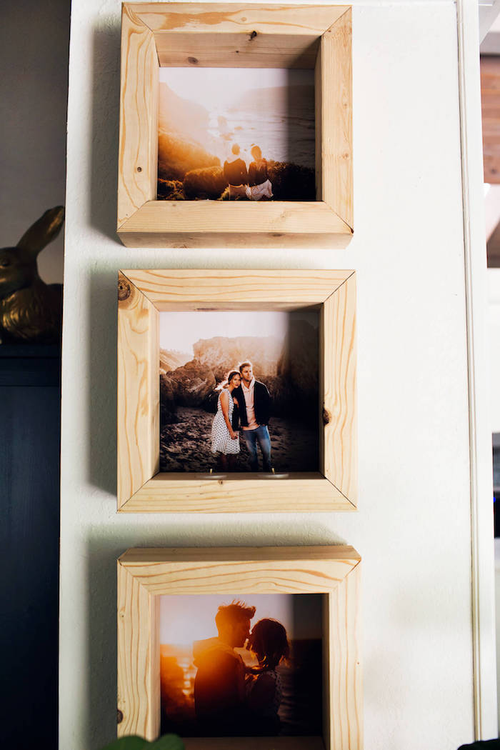 Selbstgemachte Bilderrahmen aus Holz mit Teelichtern, drei romantische Bilder, Idee für DIY Wanddeko