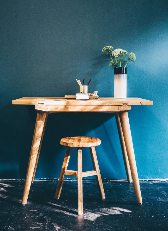 massivholztische von antondoll de, sekretaer tisch aus massivholz, hochwertiger tisch