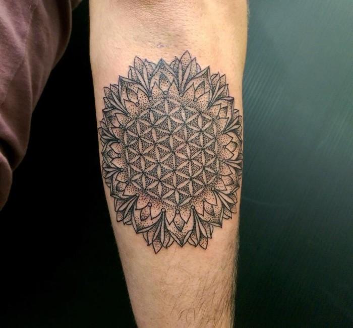 blume des lebens, schöne ideen für tattoos auf arm, armtattoos, großes tattoo
