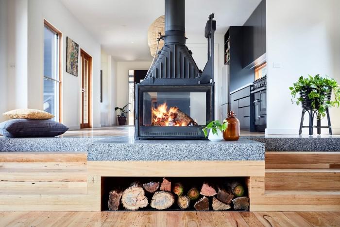 moderne gartenhäuser, haus mit treppe und kamin darin, luxus interieur für gartenhaus zum wohnen