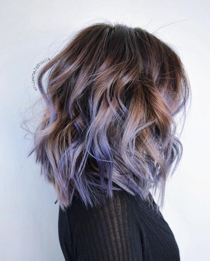 frisuren mittellanges haar, trendig haarstyles und haarfarben, lila strähnen