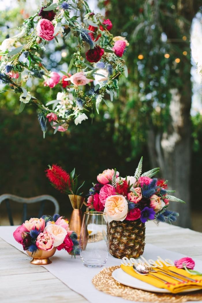 frühlingsdeko basteln mit naturmaterialien, vase aus ananas, gartenparty deko ideen, diy anleitung