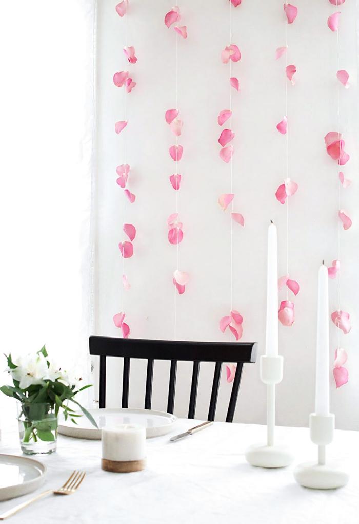 frühlingsdeko basteln, partydeko aus rosenblättern, diy girlanden, einfach und schnell