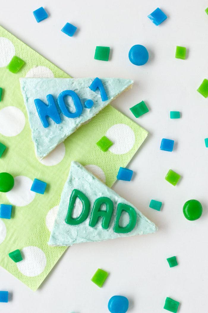 Torte mit Botschaft zum Vatertag schenken, Geschenke aus der Küche zum Vatertag
