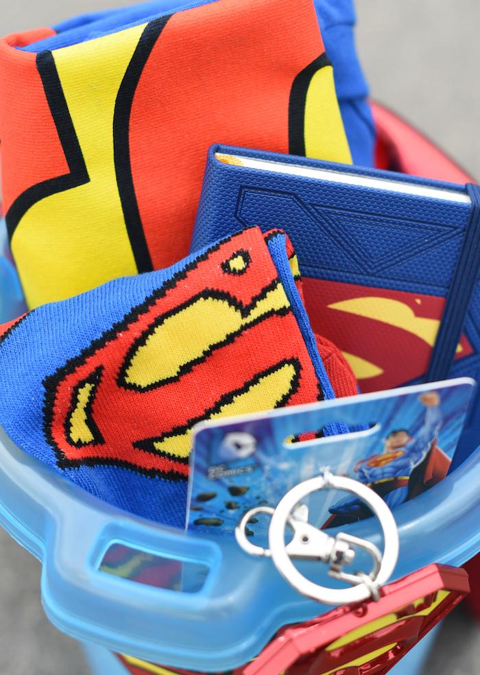 Superman Geschenkset als Geschenk zum Vatertag, Accessoires mit Superman Logo