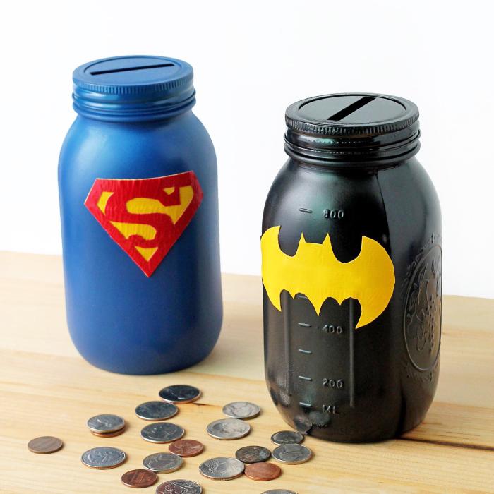 kinderspardose basteln aus einmachglas, spardosen superhelden, batmann und supermann