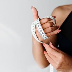 Ohne Kohlenhydrate zur schlanken Figur mit Low Carb Rezepten