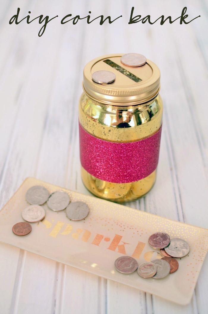 goldenes einmachglas, rosa glitzerpapier, spardose selber basteln, selbstgemachte sparbox