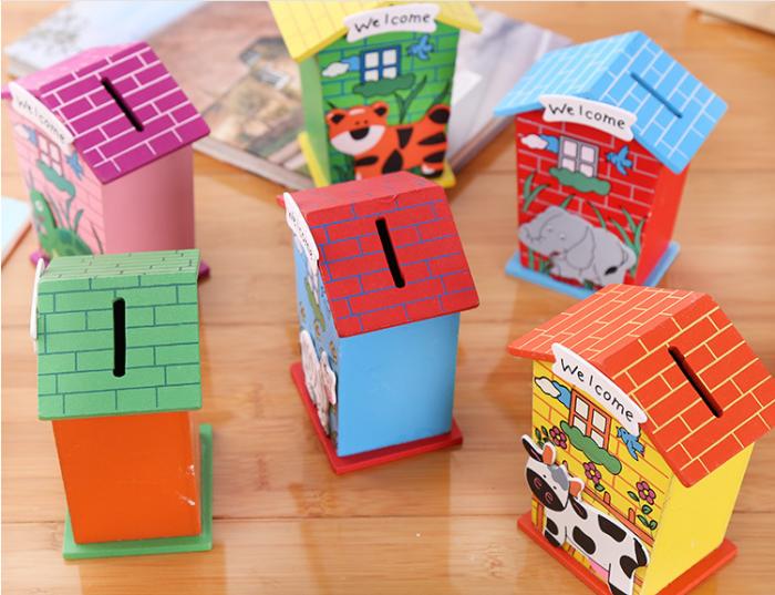 spardosen für kinder selber machen, landhäuser aus cardstock, kleine tiere