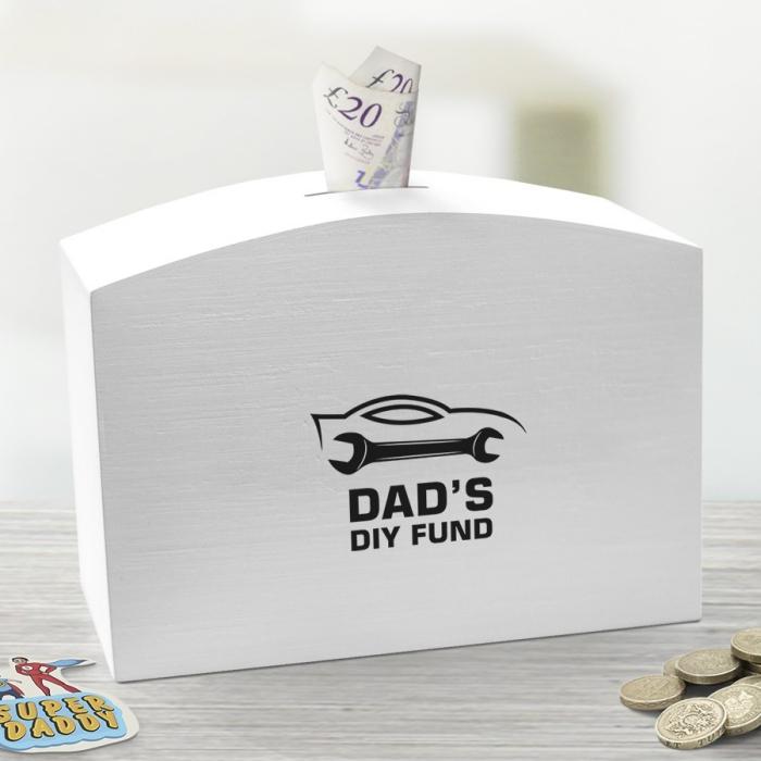 diy geschenk für vater, weißes box aus holz, sparschwein groß, geld sammeln