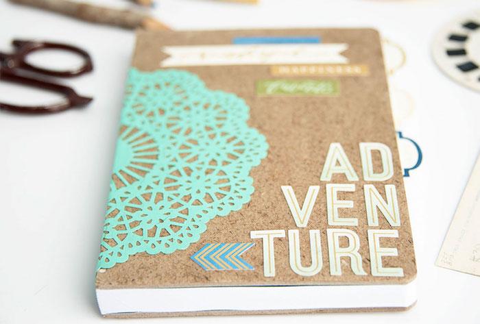 Einfaches Heft personalisieren und dekorieren mit bunten Applikationen, DIY Ideen zum Nachmachen