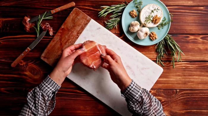 7 leckeres mittagessen brie mit prosciutto feigenmarmelade knoblauch und thymian