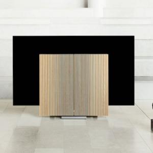 Beovision Harmony - der neue Fernseher von Bang & Olufsen mit mechanischen Flügel-Lautsprechern