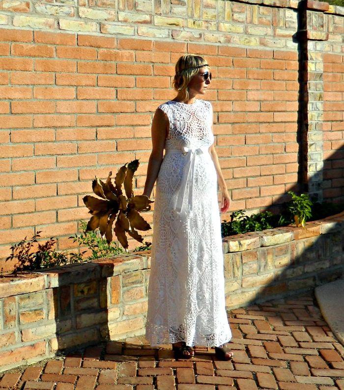 schwanger brautkleid, idee für einen brautkleid modell zum entlehnen, hippie style, elegant und lässig style