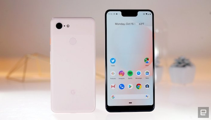 pixel 3 ein schwarzes smartphone mit einem weißen bildschirm, pixel drei von google, ein kleines weißes smartphone mit zwei kameras