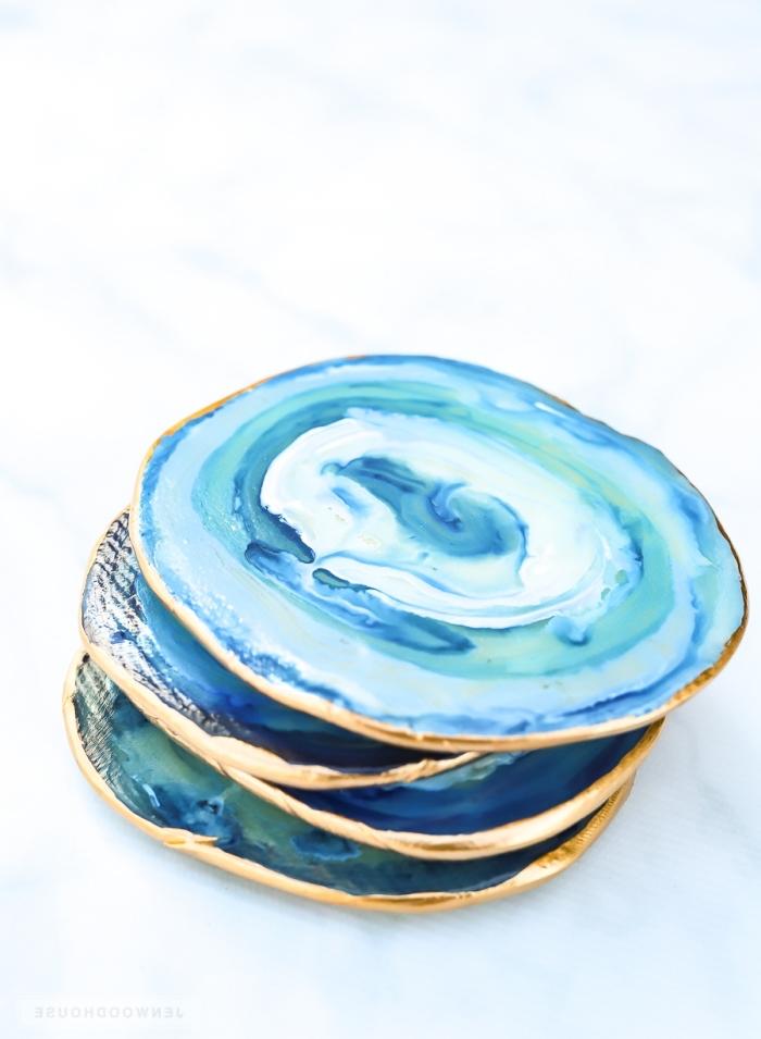 geschenke für muttertag basteln, tassennuntersetzer selber machen, glasuntersetzer aus ton