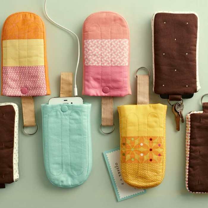 geschenke selbstgemacht eisförmige handy cases aus stoff in bunten farben