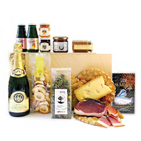 geschenke zum muttertag, geschenkorb mit hochwertigen produkten aus den alpen, marmelade