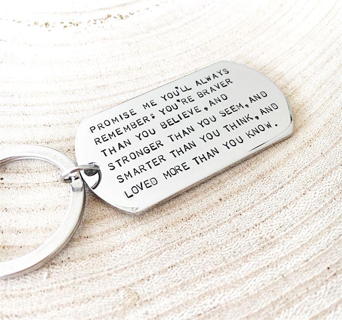 kleine geburtstagsgeschenke mit sentimentaler bedeutung, kleine tafel mit aufschrift