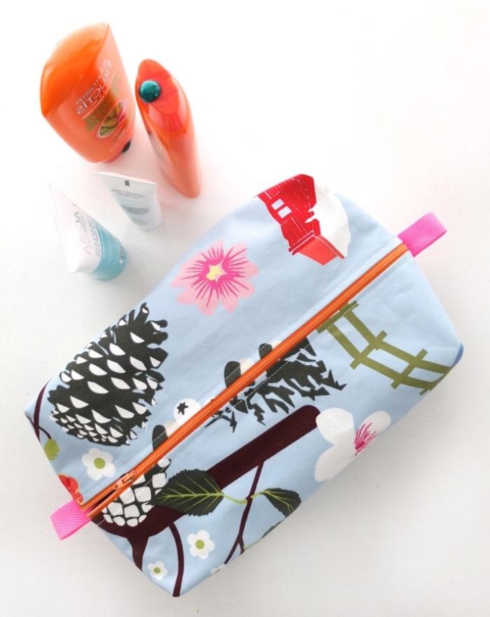kosmetiktasche selber machnen, ideen zum muttertag, diy geschenke für frau, make up tasche nähen