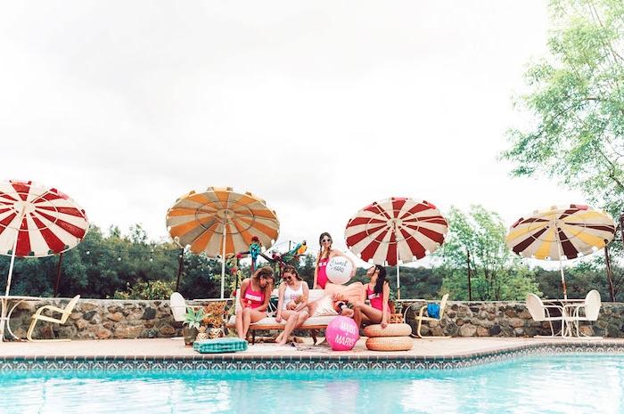 Sommerparty planen und organisieren mit Freundinnen, Pool Party vor der Hochzeit