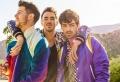 """Jonas Brothers veröffentlichen ein Retro Video für den Hitsong """"Cool"""""""