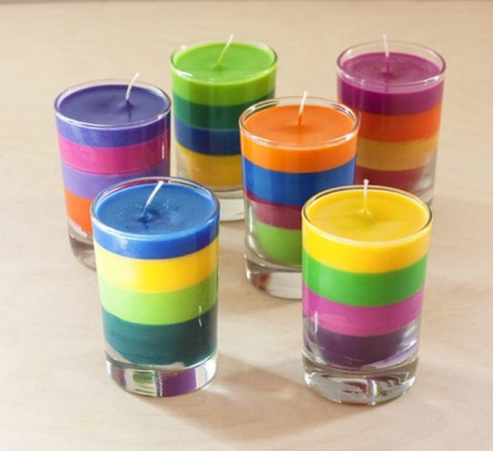 diy geschenke und lustige anleitungen zum selberbasteln, kerzen selber machen, bunte kerze in glas