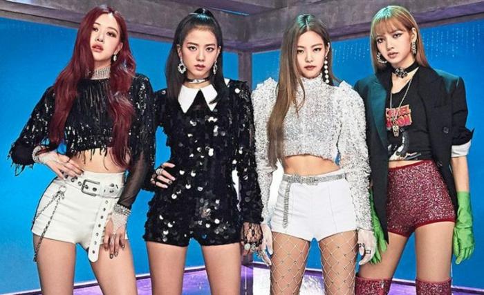 die neue Modelinie von der koreanischen Mädchenband, kurze Hose, lange Ärmel, vier Mädchen