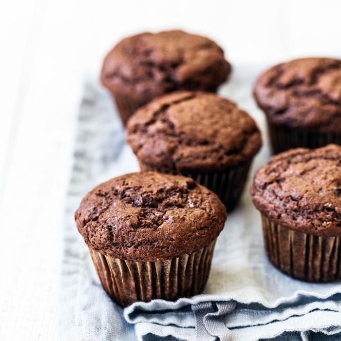 muffins grundrezept, schnelle schokoladenmuffins, einfache zubereitung, kundergeburtstag ideen