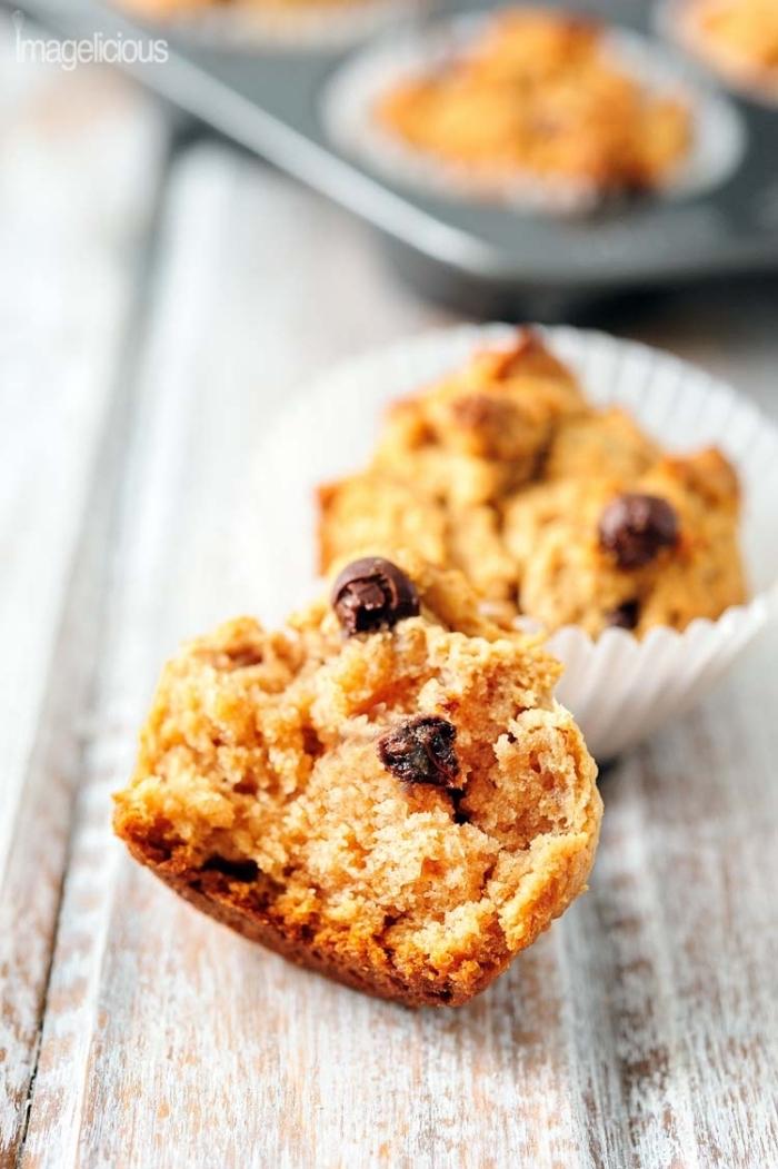 muffins kindergeburtstag einfach und schnell, traditionelles rezept mit schokoladenchips