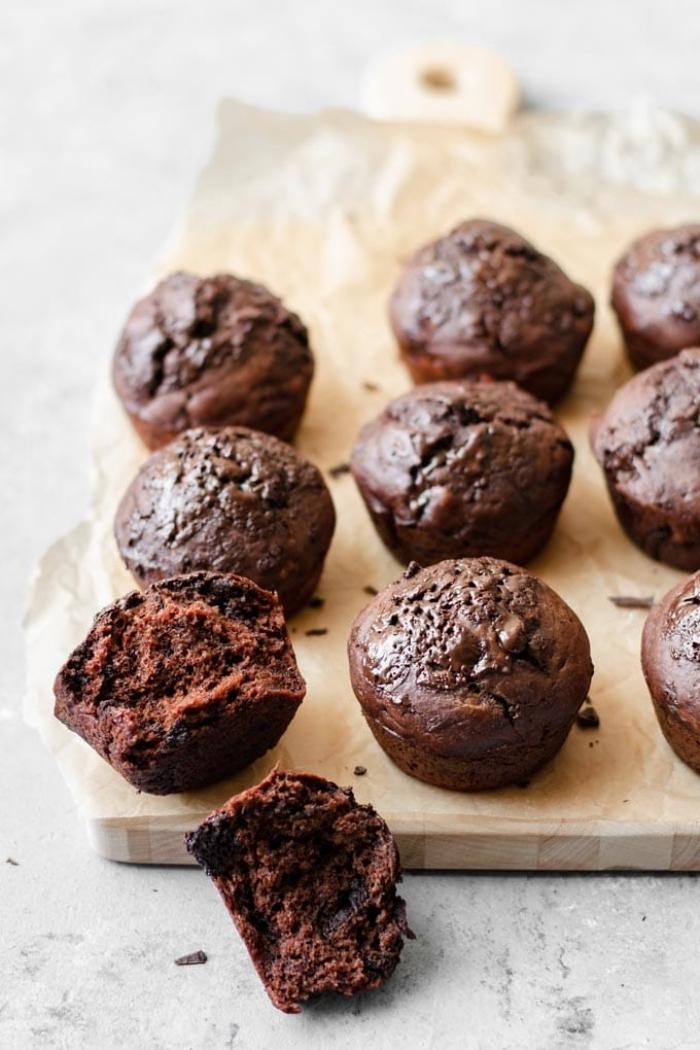 mini schokomuffins mit bananen, cucpakes mit schokolade, nutella muffins rezept