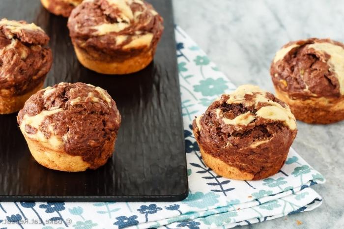 zweifarbige muffind mit schokolade und vanille, schokomuffin rezept, marmor cupcakes