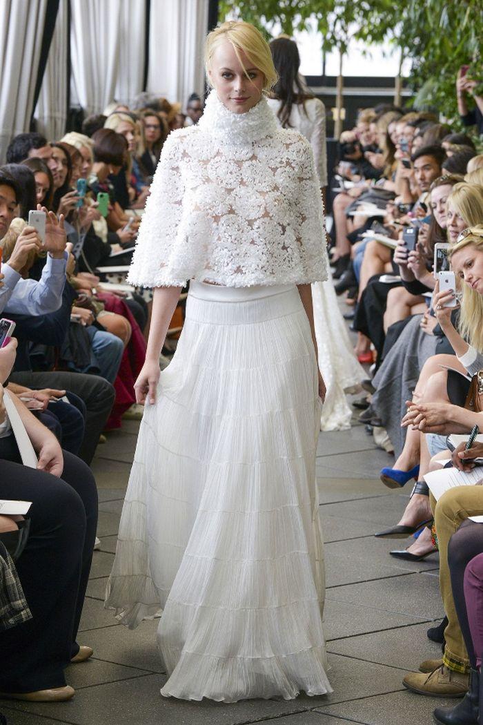 hochzeitskleid für schwangere, langes kleid, spitze oberteil, mode podium, show, idee