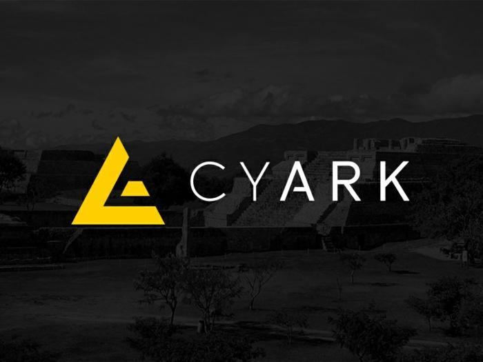 CyArk Organisation ein Foto vom Weltkulturerbe im Hintergrund, das Logo der Organisation
