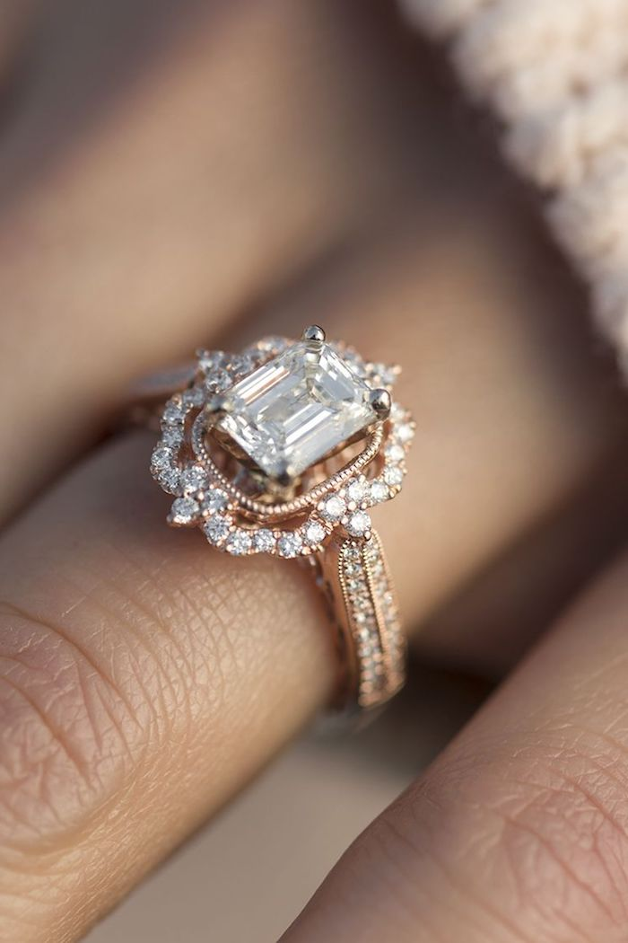 Wunderschöner Verlobungsring aus Gelbgold mit Diamanten, Antworten auf Fragen zu Verlobungsringen