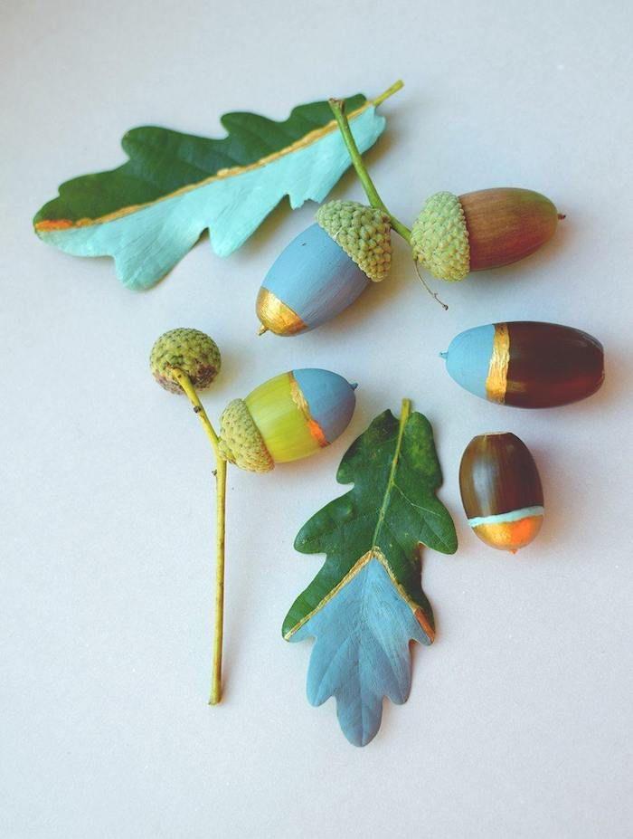 herbstdeko für draußen, blau und grün dekoration selber machen mit haselnüssen und staub